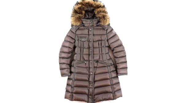 モンクレール エルミファー ダウンコートのお洋服を高価買取いたしました。